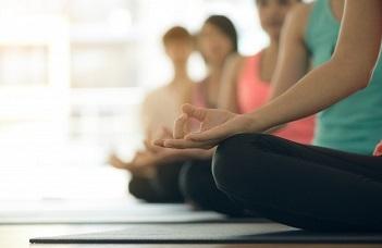A kezdő szintű jógagyakorlás kedvező mentális hatásai