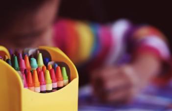 Rangos nemzetközi folyóiratban jelent meg a PPK Kognitív Fejlődés és Oktatás Kutatócsoportjának tanulmánya
