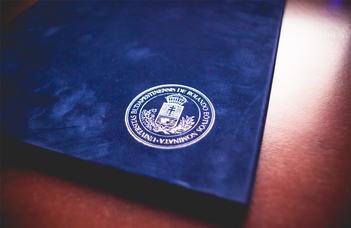 Virtuális diplomaosztó ünnepség